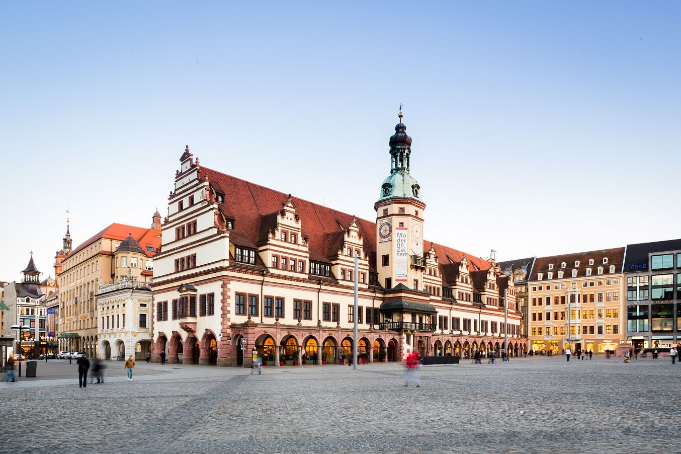 Das Rathaus am Marktplatz in Leipzig
