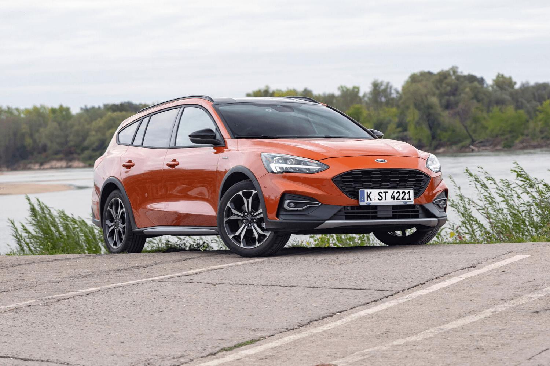 Der Ford Focus ist sowohl in Europa als auch in den USA sehr beliebt und jeder kennt ihn. Wir haben trotzdem ein paar Dinge aufgelistet, die nicht viele Leute über den Ford Focus Active im Bild wissen. © iStock.com