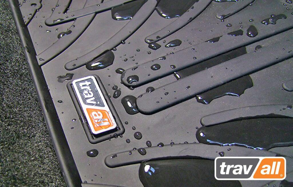 Travall Mat with water droplets contained on its surface.